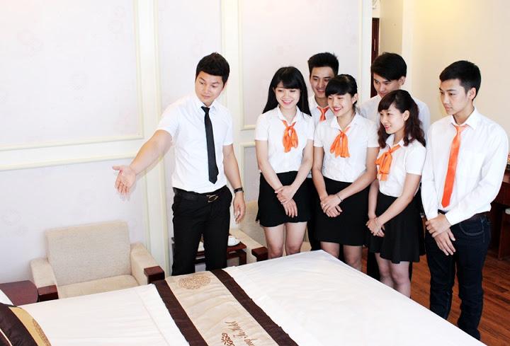 học quản trị khách sạn