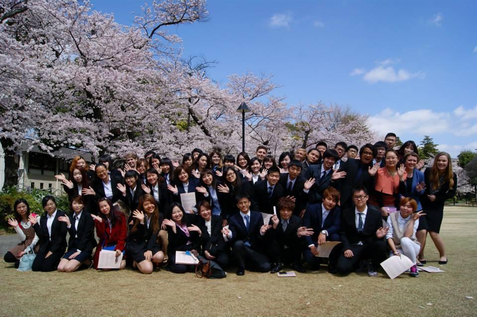 Lợi và hại khi đi du học Hàn Quốc